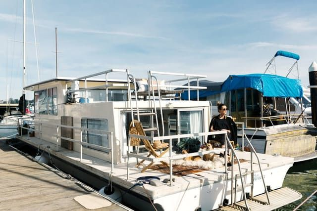 Here's an alternative to renting you may not have thought of: buying a houseboat. When model and designer Kyleigh Kuhn moved to the Bay Area from New York, she was discouraged by the prohibitive pricing of the apartments she found. But then she came across a listing for a houseboat rental on Craigslist — and then she had the idea of buying her own boat.