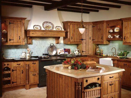 Деревянная кухня в деревенском стиле фото
