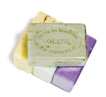 Natúr szappanok, melyek csak és kizárólag természetes anyagokból készülnék.  http://www.villarustica.hu/webset32.cgi?VillaRustica@@HU@@13@@636472637