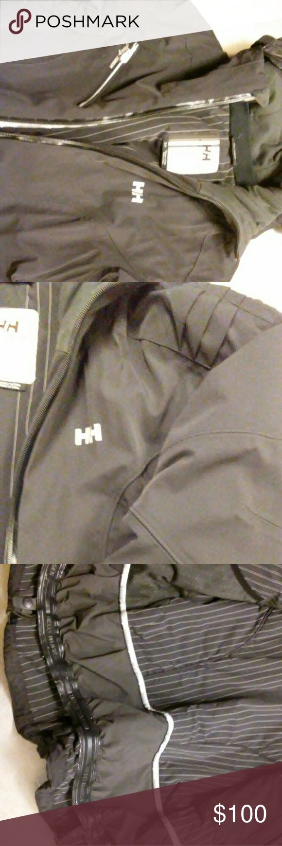 Helly Hansen Women's Ski Cost Size Small Black Helly Hansen Ski Coat. Inside snaps for ski pants. Vent zipping. Hood. Helly Hansen Jackets & Coats