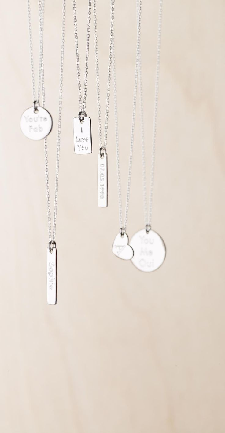 Add a personal message to this solid silver oblong charm to create a necklace that is unique to them.
