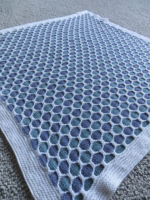 Knitting Pattern For Honeycomb Baby Blanket : Free Honeycomb Stroller Blanket pattern by Terry Kimbrough, Susan Leitzsch, L...