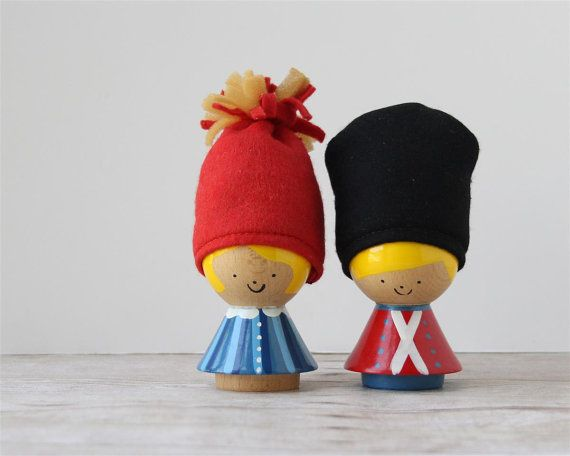 Vintage Helen Mogens Lyholmer Egg Cups / Danish Denmark Painted Wood Egg Holders / Soldier and Maiden With Hats