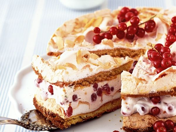 Krokante yoghurt-kaastaart met bessen - Libelle Lekker!