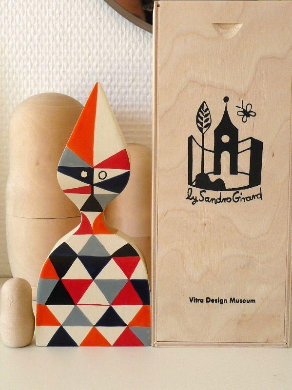 Alexander Girard wooden doll n°12