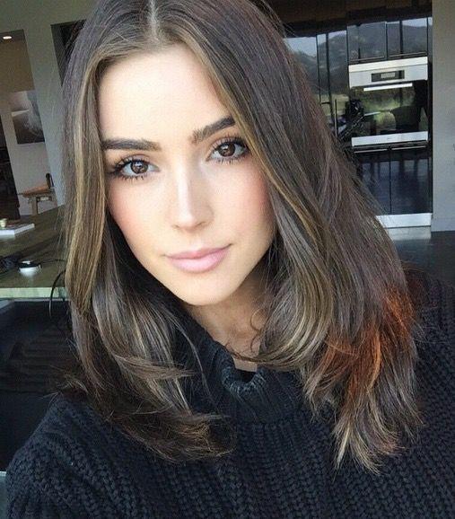 Olivia Culpo hair colour