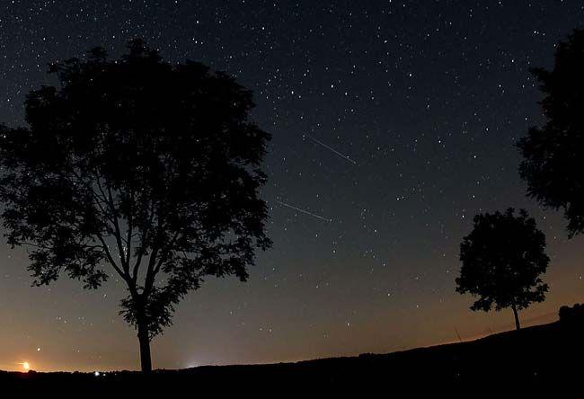 lluviaestrellas1: Una lluvia de Dracónidas el 8 de octubre marca el comienzo del otoño astronómico