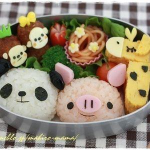 動物さんのお弁当♪ by momoさん | レシピブログ - 料理ブログのレシピ満載!  画像の整理をしてたらUPし忘れてたお弁当が見付かりました^^; 約1年前・・・朝日新聞さんの取材で これ  と同じようなお弁当を作る所が見たいと 言われて作ったお弁当。   人の前でお弁当を作るのが...
