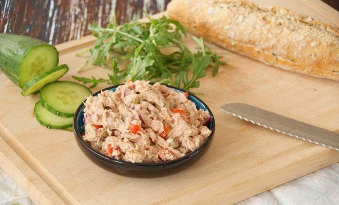 Easy and healthy tuna salad/ Makkelijke en gezonde tonijnsalade - Eat.Run.Love.