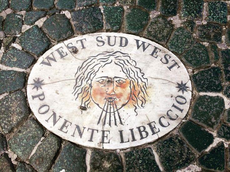 Poniente Libeccio en Plaza de San Pedro del Vaticano - Roma.  - Juan Carlos Gómez (@jcgomvar) en Instagram