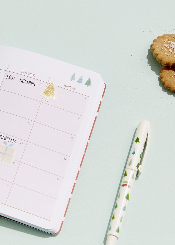 Be inspired to plan a calm and beautiful Christmas with our favourite planning and organisation tips using our Christmas Organiser Planner
