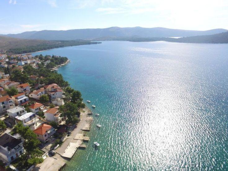 Ferienwohnung Pola für 5 Personen  Details zur #Unterkunft unter https://www.fewoanzeigen24.com/kroatien/ibensko-kninska/22010-brodaricazaboric/ferienwohnung-mieten/51169:-690993438:0:mr2.html  #Holiday #Fewoportal #Urlaub #Reisen #Brodarica/zaboric #Ferienwohnung #Kroatien