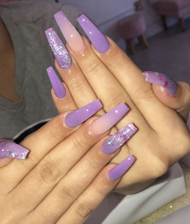 Nail Design Purple In 2020 Purple Nails Purple Glitter Nails Purple Acrylic Nails