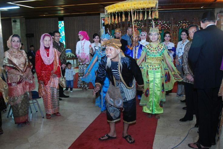 #Ki Lengser# Welcome the arrival is the groom, Sundanese traditional wedding