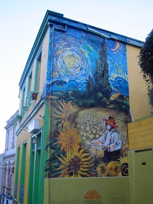 Graffiti in Valparaiso, Chile  -Photo by Vincent Bertot