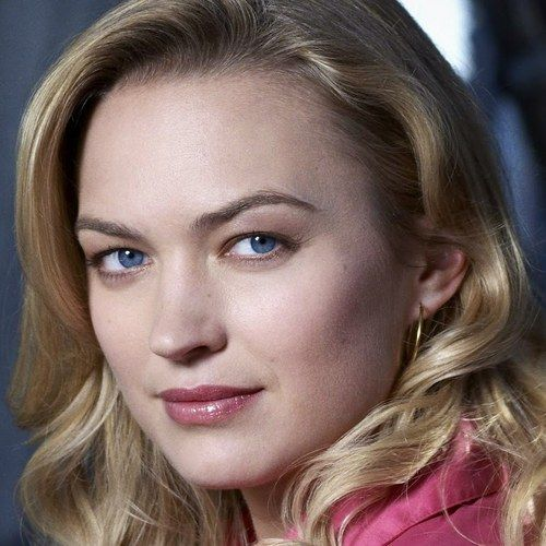 Sophia Myles Joins Transformers 4 -- The British actress will play a scientist in director Michael Bay's upcoming sci-fi action sequel. -- http://wtch.it/vngJ8