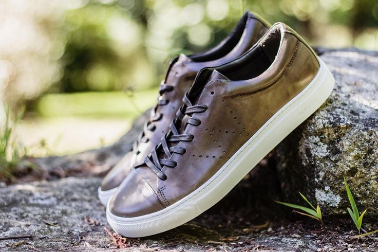 """The Greenish Brown """"Steve"""" sneaker 👟🌿👌🏼 Use the code SUMMER-40 for 40% OFF in your next purchase on our online store. To shop follow our link in the bio (wrocksfootwear.com) 🌐 #steve #ss17 #springsummer2017 #washedrocks #wrocksfootwear #footwear #newcollection #springsummer #summer2017 #summercollection #sneakers #sneakerhead #sneakerfreak #shoes #shoponline #nowavailable #picoftheday #photooftheday"""