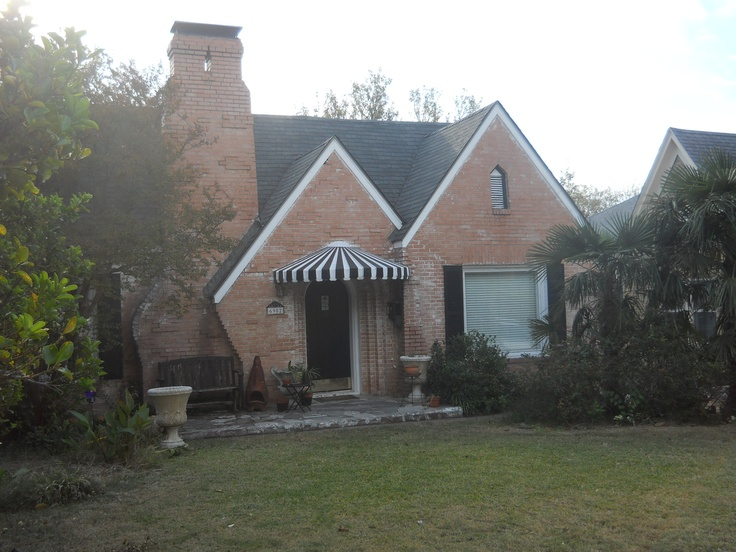 GAF Roofing: Capstone Composition Shingle | GAF Building Products | GAF  Roofing Contractors ...