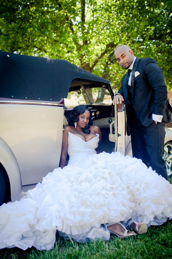 Find This Pin And More On Creative Wedding Photo Ops By Syretta74