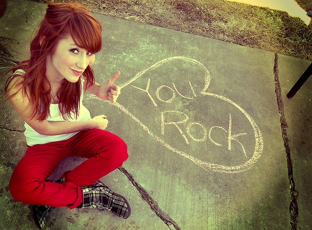 #sidewalkchalk + greetings = love it!Redheads Senior Pictures, Photos Ideas, Red Hair, Redheads Graduation Pictures, Photography Poses, Photos Shoots, Bangs, Senior Pics, Photography Pictures
