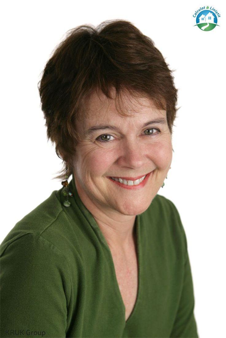 Corina locuia intr-un mic orasel, impreuna cu sotul ei si cei doi copii. La cei 61 de ani, desi avea deja un loc de munca, fusese nevoita sa se angajeze si part-time, pentru a castiga mai multi bani. Din cauza unor decizii gresite luate cu mult timp in urma, inca mai platea doua datorii... Continuarea este aici: https://www.facebook.com/calculat.si.linistit.fara.datorii/photos/a.825916487489689.1073741828.821298314618173/978337375580932/