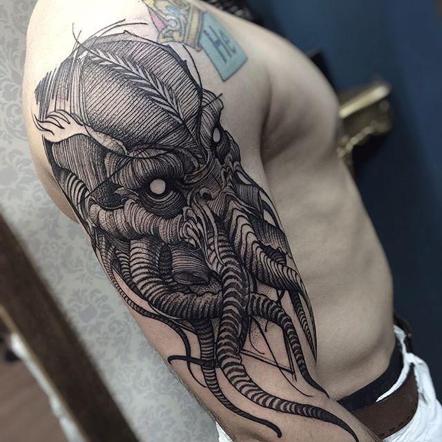 Cthulhu Muito obrigado henrique Feito no @inkonik_tattoo_studio #electricink