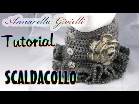 Scaldacollo all'uncinetto con Punto Gambero e Fiore - Tutorial gratis su Youtube How to crochet a scarf with flower - Free Tutorial on Youtube