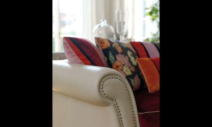 PANTHEON sofa covered with Sonia Rykiel's fabrics