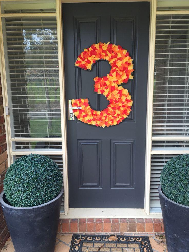 Door notice, number 3 with fire fireman Sam party