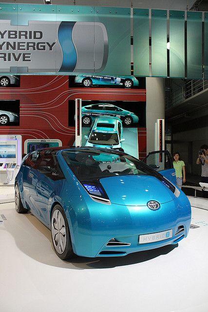 Toyota Prius Hybrid concept car