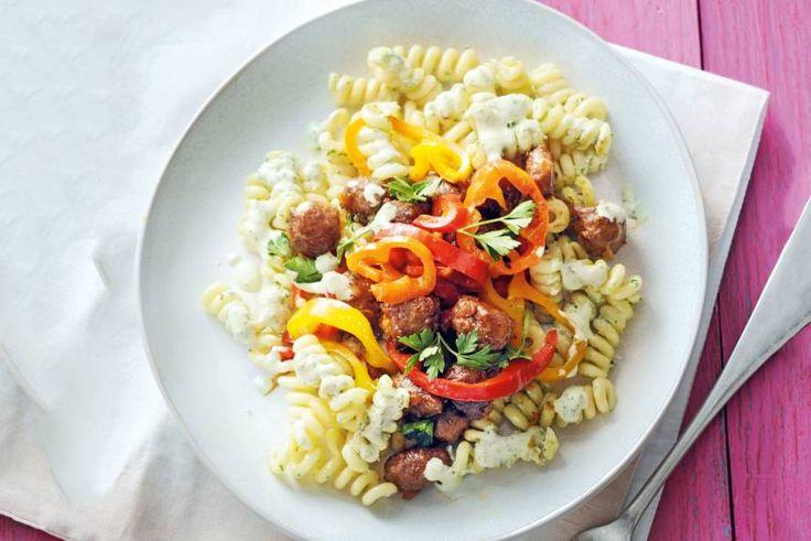 Kijk wat een lekker recept ik heb gevonden op Allerhande! Pittige pastasalade met gehakt en puntpaprika