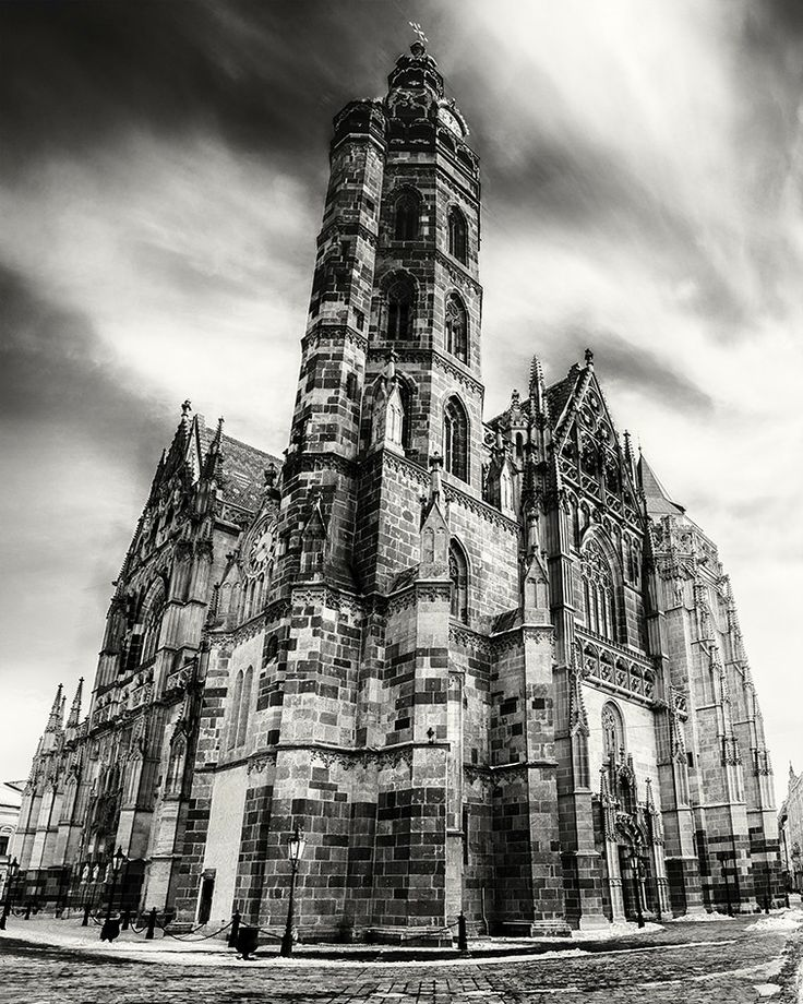 Visit imposing gothic St. Elisabeth cathedral, Slovakia's biggest church as well as the easternmost Gothic cathedral in Europe, located in Kosice. #kosice #slovakia #cathedral #citybreak