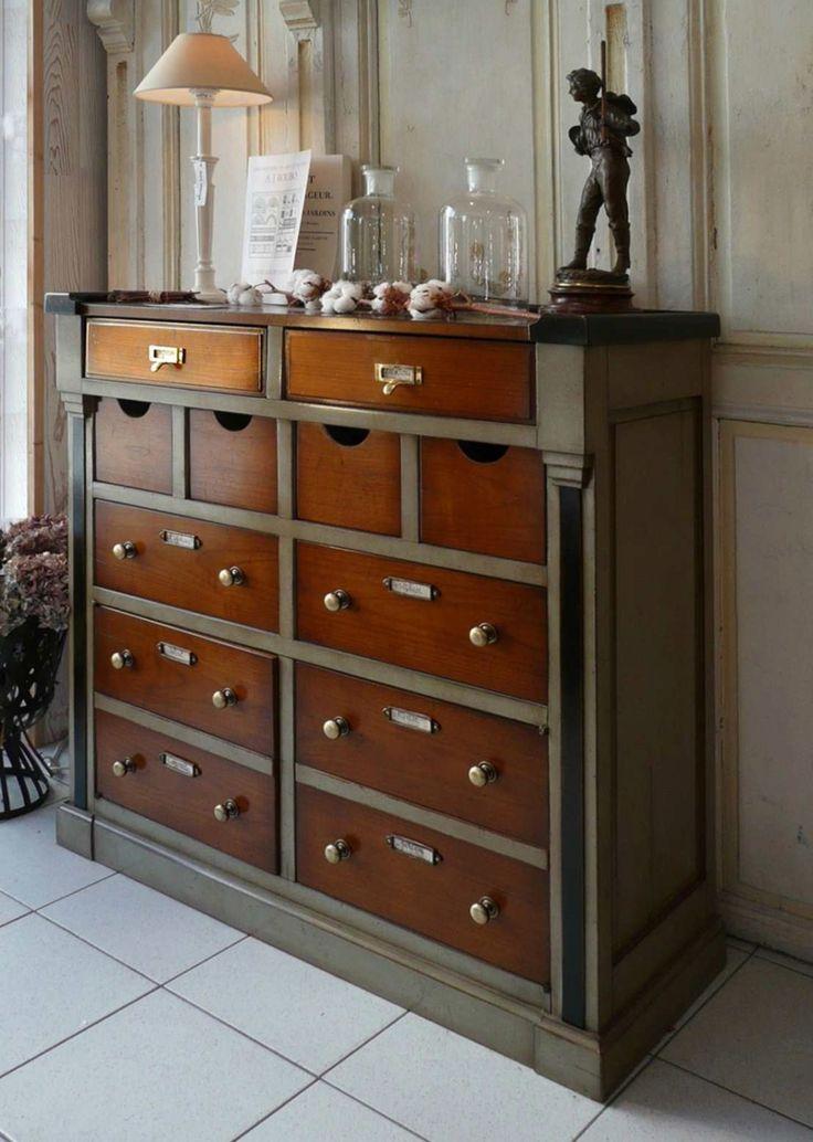 meuble d 39 appui d 39 herboriste en bois massif de style directoire avec 4 tiroirs 2 portes et 1. Black Bedroom Furniture Sets. Home Design Ideas