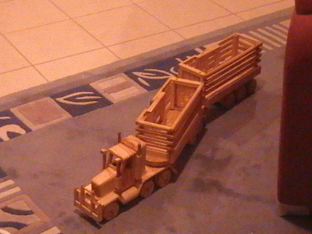 Road Train   Cattle Truck  $150.00 Plus P&P
