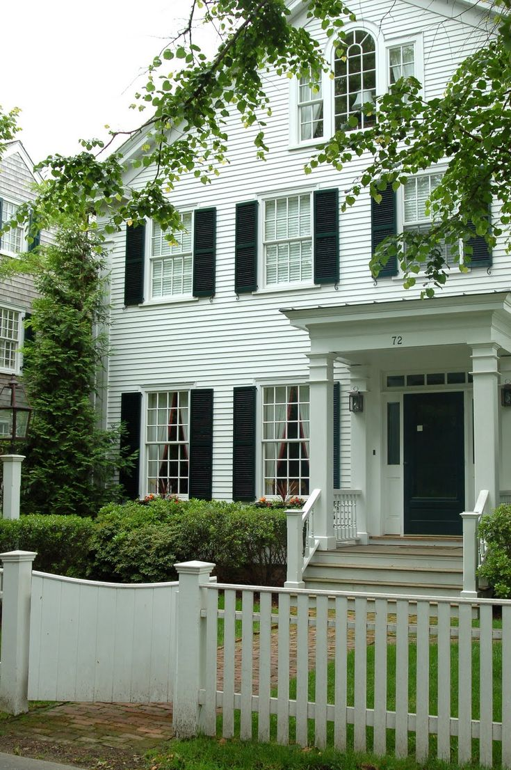 Best 25 new england homes ideas on pinterest for New england style homes