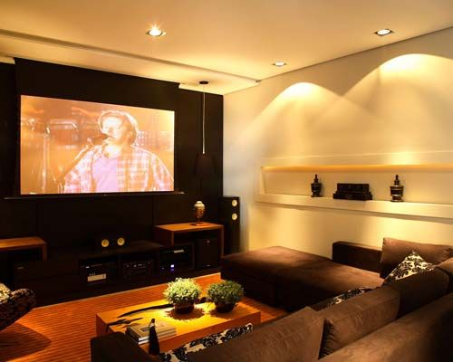 Small Home Theater Design: 25+ Best Ideas About Small Home Theaters On Pinterest