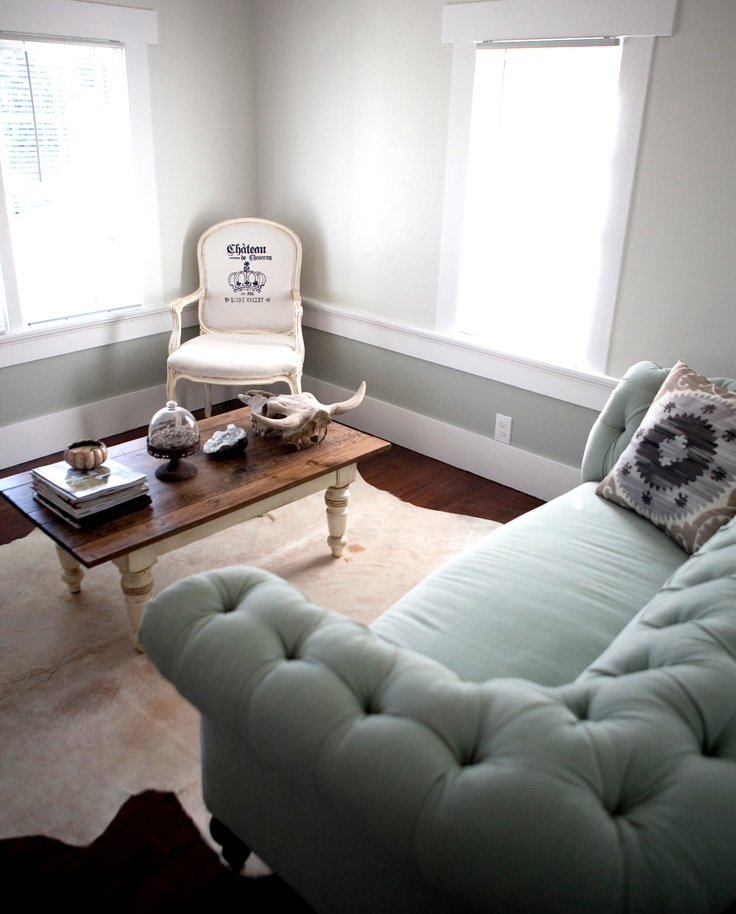 17 Best Ideas About Light Blue Couches On Pinterest Light Blue Sofa Eclect