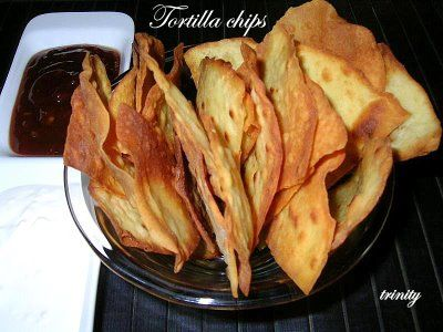 Tortilla chips házilag, dipekkel