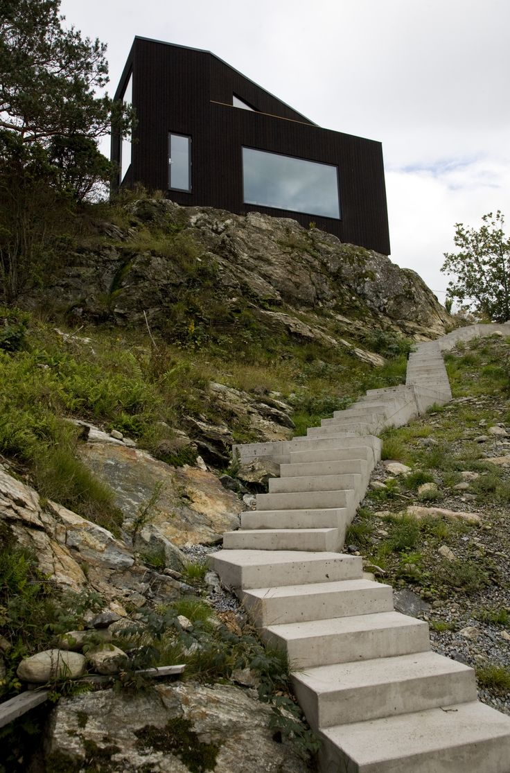 Villa VY. Arkitekterna Jacob och Jenny Fröslee Jonsson.   Nominerad i Rödfärgspriset 2016. Rösta i publikpriset på länken nedan.