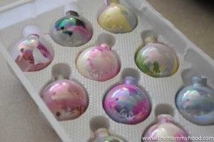 Inexpensive holiday craft you can do with kids.