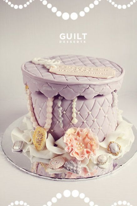 How To Decorate Cake At Home With Gems : 13 best ideas about jewelry cake on Pinterest Jewellery ...