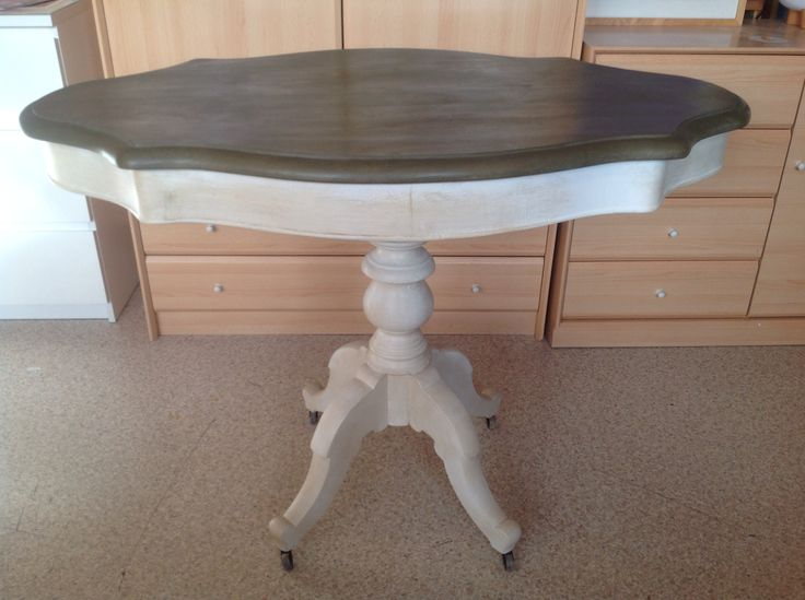 Mejores 12 im genes de muebles pintados por m en - Mesas pintadas a la tiza ...