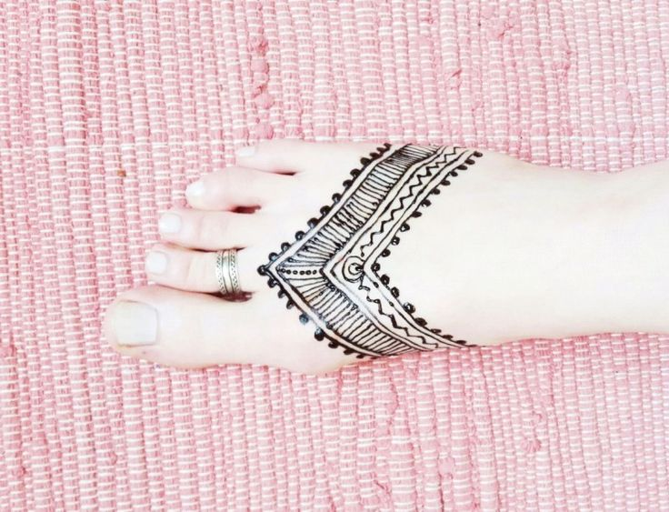 henna tribal tattoo am fu selbermachen selfmade. Black Bedroom Furniture Sets. Home Design Ideas