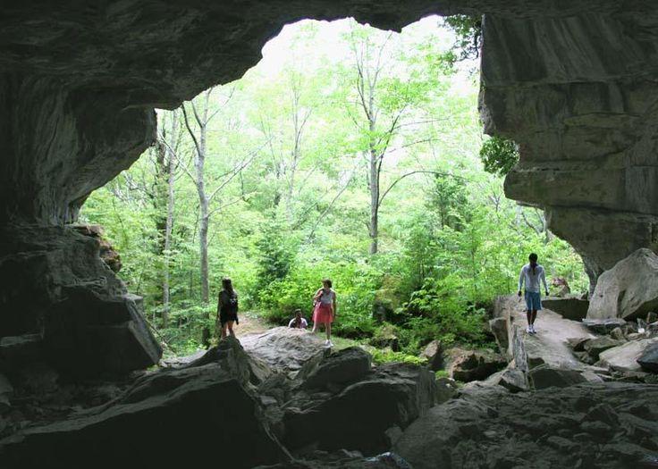 Days Out Ontario | Greig's Caves Wiarton, Ontario