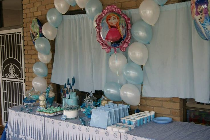 Frozen lolly bar for a 4th birthday party.