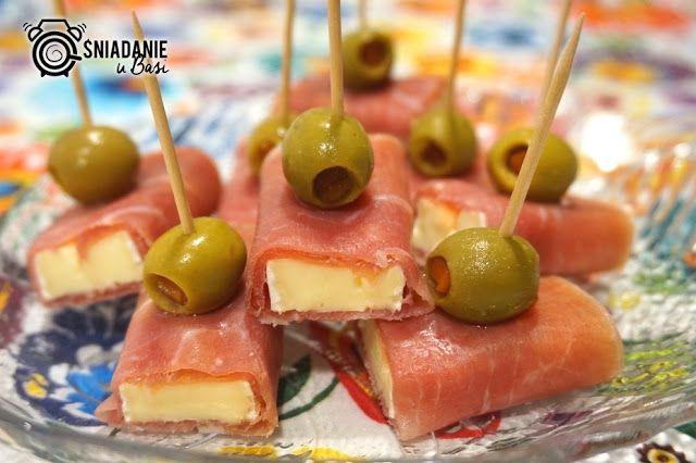 ...Pomysłowe i pyszne śniadania!: Koreczki z sera camembert w prosciutto