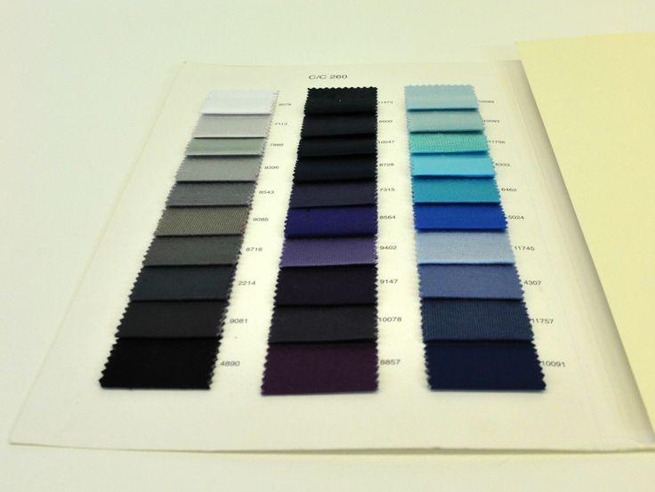 Tessuto elasticizzato ripiegato cartella colore colori. Centro campionari
