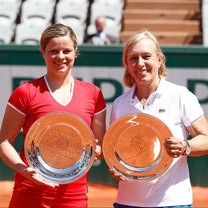 Women's legends. 2015 women's Perrier Legends Trophy champions Kim Clijsters and Martina Navratilova pose with their newly won trophies. Sunday 07 June 2015. © FFT