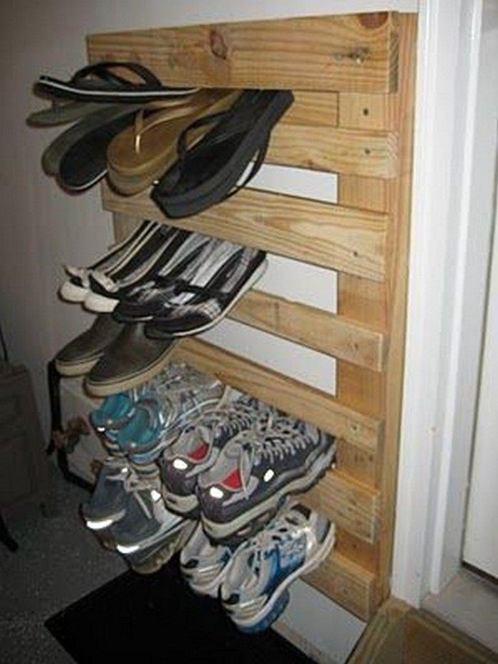 best 25 wood shoe rack ideas on pinterest shoe racks diy shoe rack and shoe rack pallet. Black Bedroom Furniture Sets. Home Design Ideas