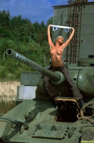 nsfw – topless tank girl with huge turret